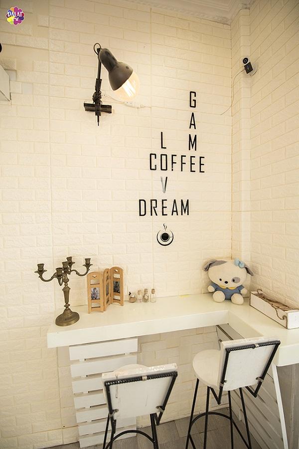 da-lat-check-ngay-quan-cafe-moi-toanh-ngan-goc-song-ao-10